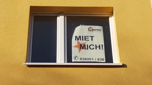 Miet mich - Plakate